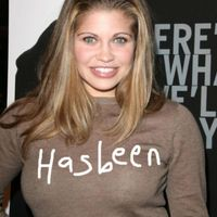 danielle fishel boobs