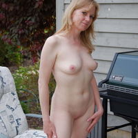 neighbors wife naked