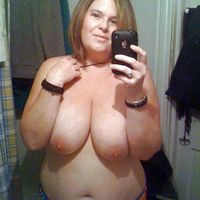 wife selfie naked