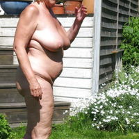 granny nudist