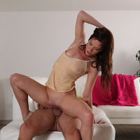 aidra fox piss