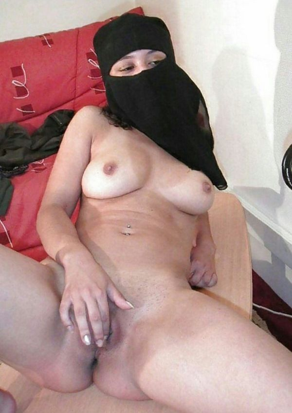 muslim-girl-strip-off-porn-pictures-forced-xxx-sex