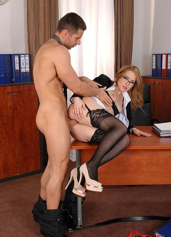 Busty Secretary Bitch Squirting In Office