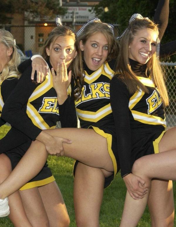 Cheerleader Pussy Upskirt Oops