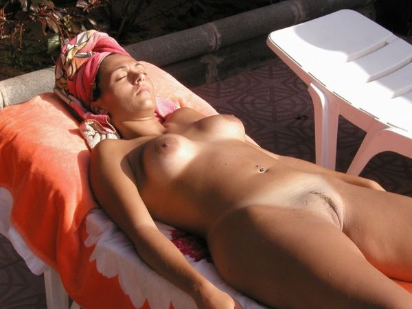 Look at this sexy Russian nudist getting a tan - Pichunter