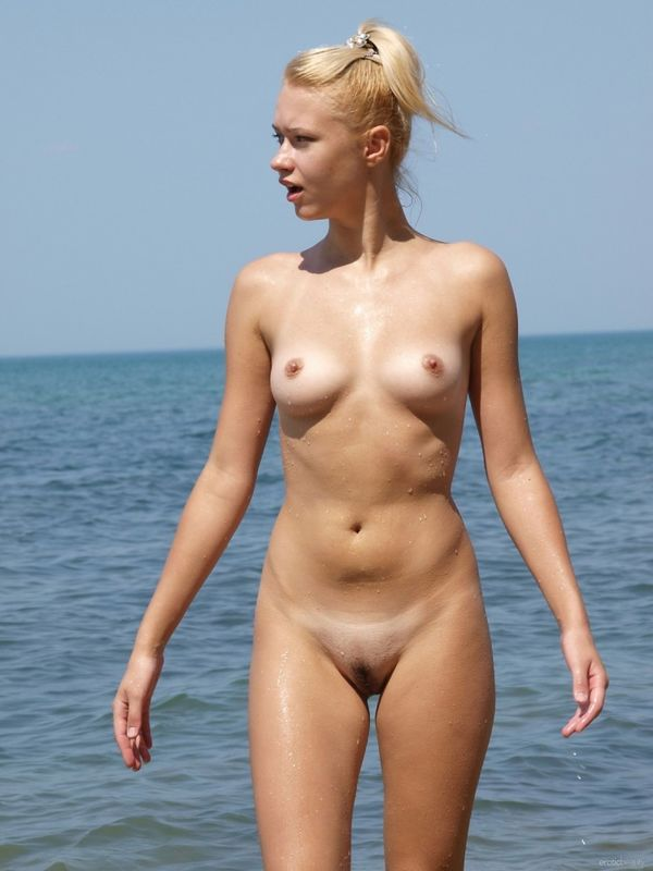 Young Russian Eroticbeauty model..