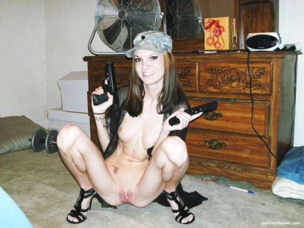 girls and guns Blonde Porn Jpg