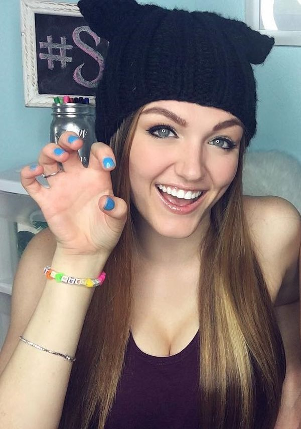 Ally Hardesty Sexy Pictures (24 Pics) - Sexy Youtubers lotos