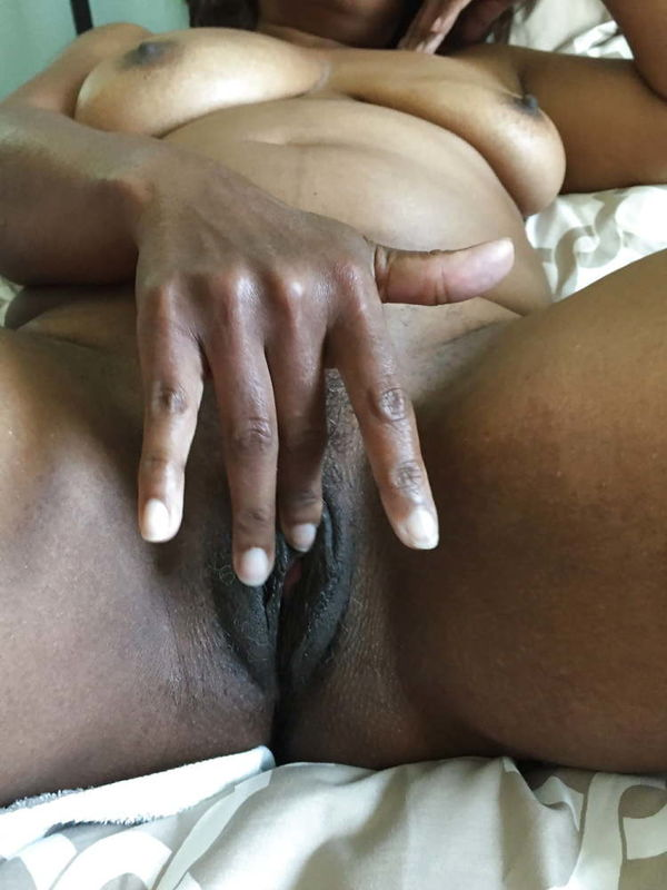 Sexy black mommy ready for naughty fun - 11 imagens - xHamst