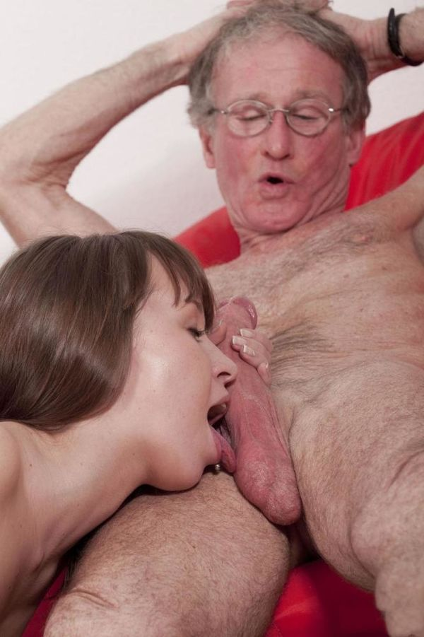 Old men younger ladies oral sex — img 11