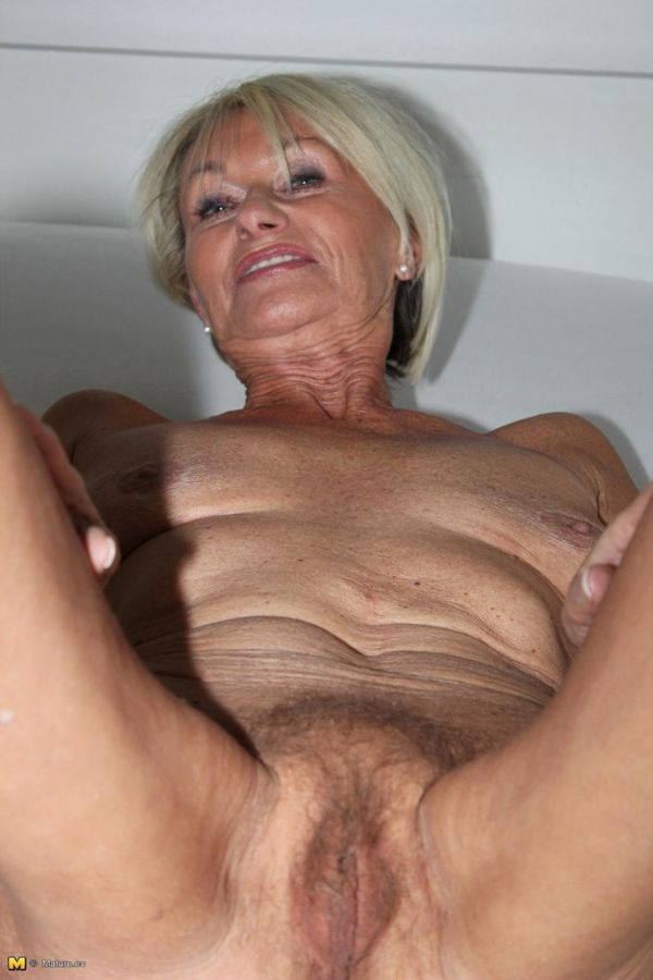 Black galleries athletic granny pussy