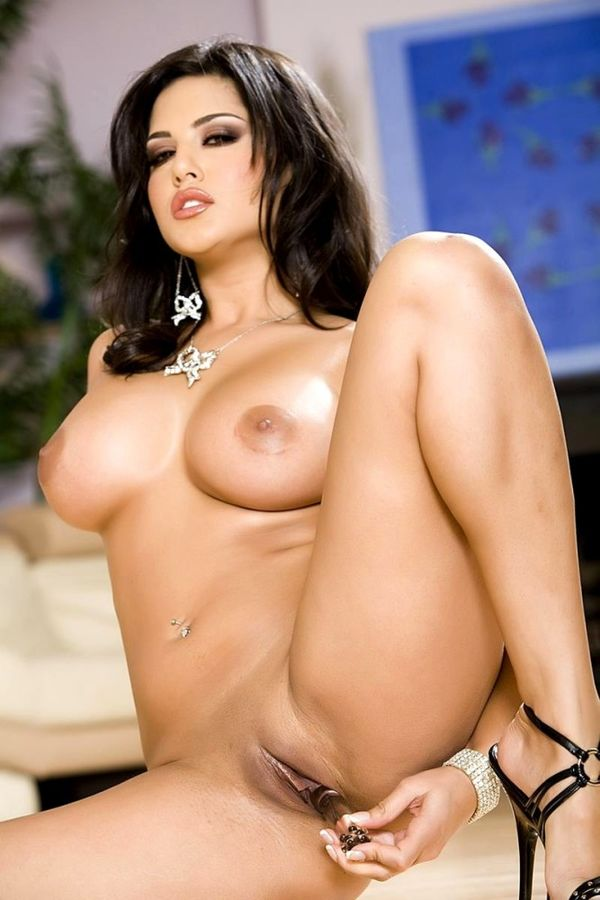 sex-www-sunny-leone-sex-picture-showing