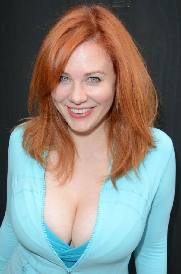 busty-redhead-mature-taryn