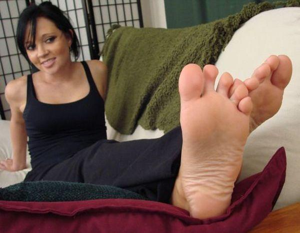 Ugly girl sexy feet 8