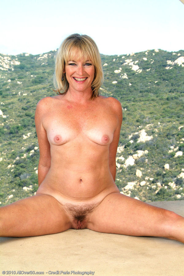 Sex HD MOBILE Pics All Over 30 Allover30 Model Platinum Wife