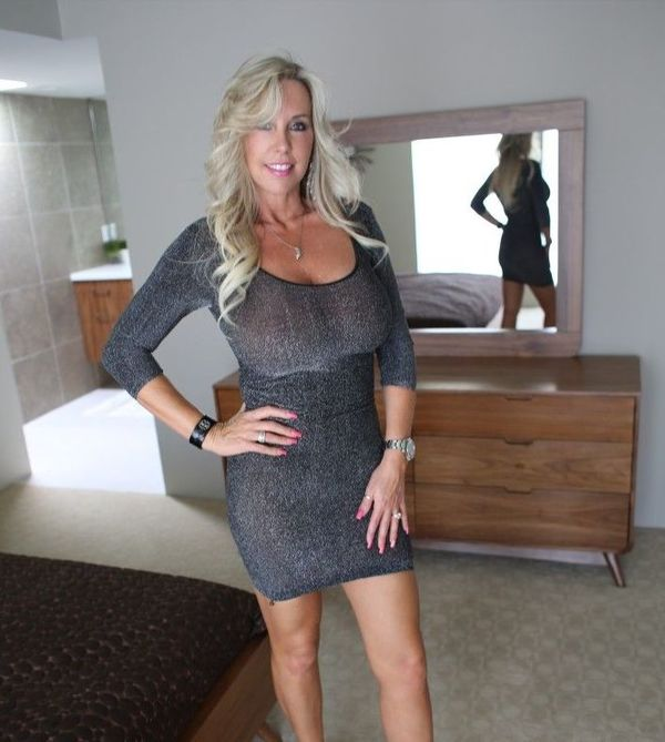 Omaha Milfs Dating Site, Omaha Milf Personals, Omaha Milf Women