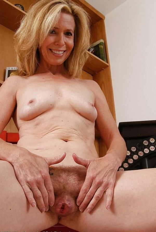 Free nude thumbnails women over 40 - Other
