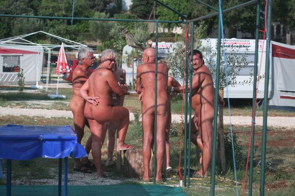 Nudists family nude beach - VoyeurPapa