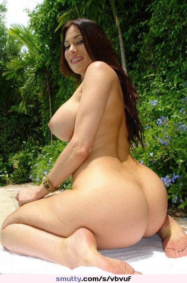 Big tit big asses latinas - Fetish