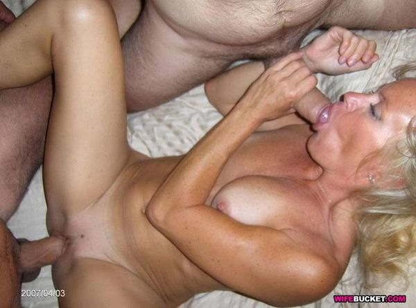 Real homemade milf sex videos - Porn Images & Video