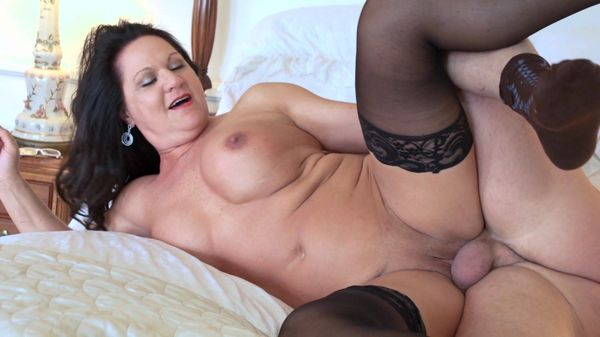 Lesbian milf seduction rought sex