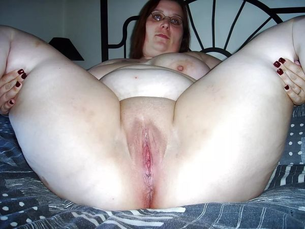 Fat Hairy Ass Spreading
