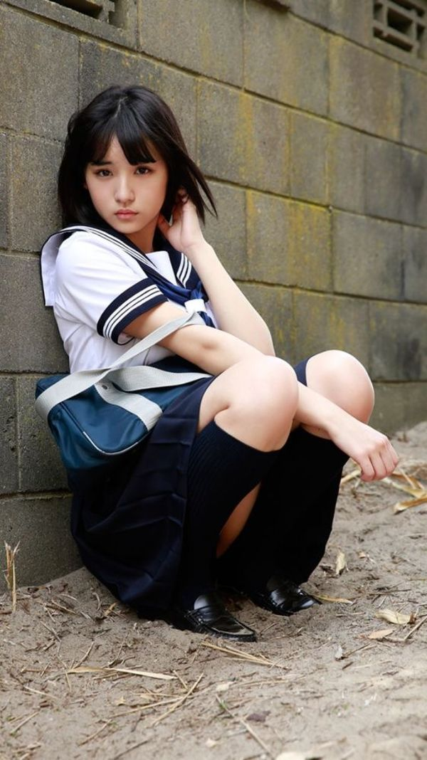 Japanese schoolgirl Sukeban Beautiful asian girls.School uni
