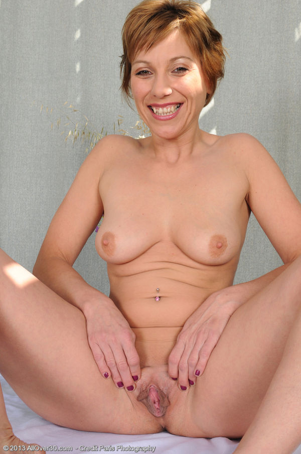 Nude thirty something year old women - Other