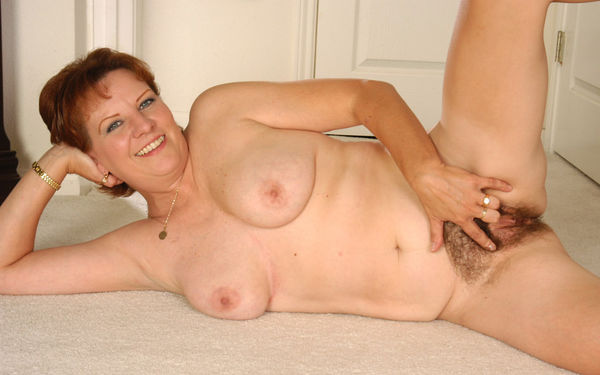 Hairy Mound -hairy pussy sex pics