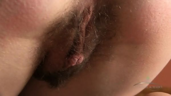 Hairy Pussy Under White Panties - EPORNER