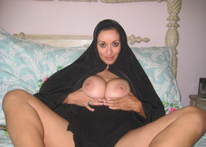 Arabic amateur naked women speaking -..