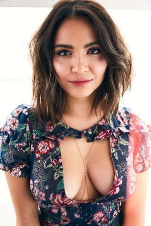 Stella Hudgens Cleavage Hot Celebs Home