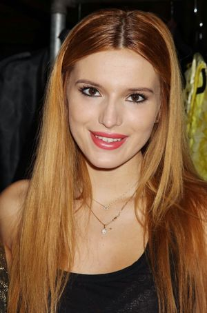 Bella Thorne - Nolcha Fashion Week New..