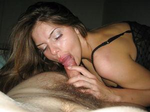 Lips amateur blowjob - 31 Pics -..