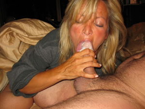 MILFS & Wives love to Suck and Swallow..