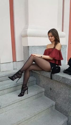 Beautiful LADY.,,,. Awesome LADIES..