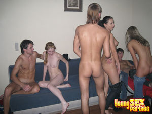 Youngsexparties Girls And Guys Got..