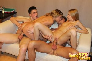 Young Sex Parties - Teen blonde babes..