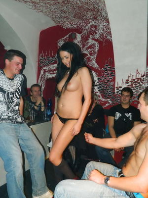Czech Teen Striptease Nude Amateur -..