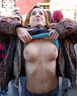 tits Nudist Girls Pics - Part 27