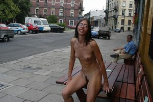Hot Amazing Girls in Public Nude..