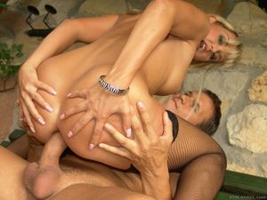 Hard anal invasion for nasty blonde..