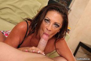 Stepmom Margo Pounding Her Wet Pussy..