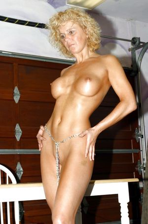 Mature Suburban Wife Blacked - 11 Pics..