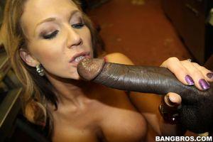 Nikki sexx fuck black man-xxx hot porn