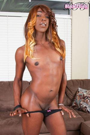 Ebony 3 - Ebony is the sweet sexy..