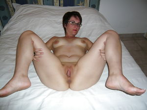 MILF Pussy and Asses Proudly On..