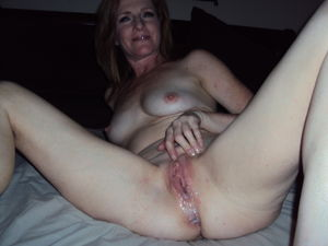 Awesome Homemade Amateur Pussy Spread..