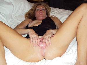 Wife Spreads Her Pussy - 4 Pics -..