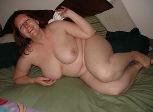 Chubby mature nude pics